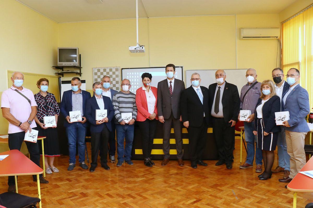 Донација дронова за основне школе Шапца